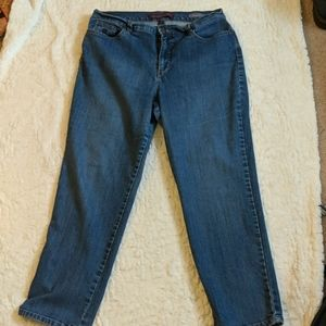 Women's jeans size 14 short